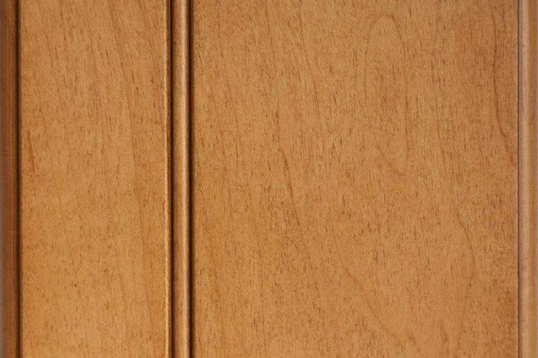 Briarwood Glazed Stain on Soft Maple wood