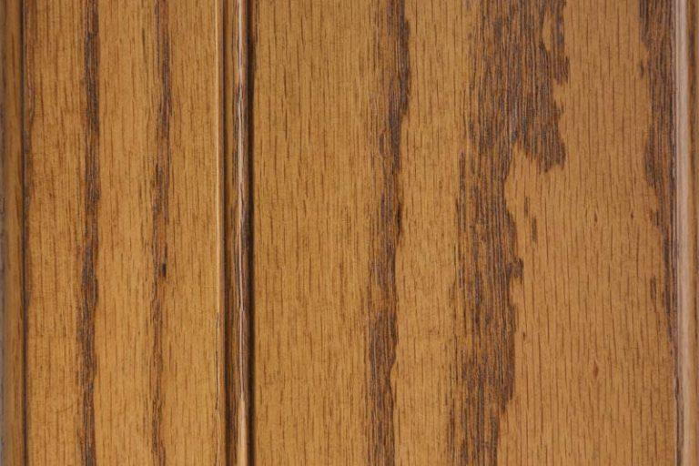 Hazelnut Glazed Stain on Red Oak wood